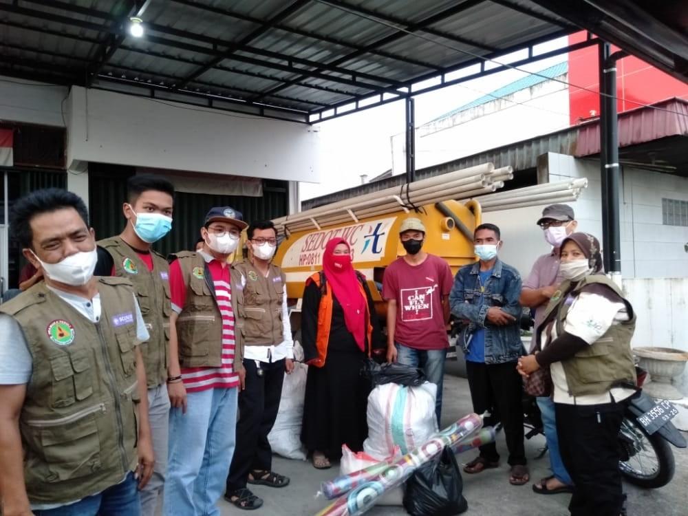 Pramuka Peduli Kwarcab Kota Solok Bantu Korban Kebakaran